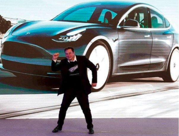 Tesla Makes Its Full Self-Driving Assistance Available